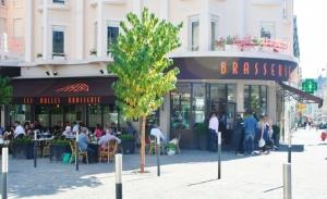 Vitrine de Brasserie Les Halles