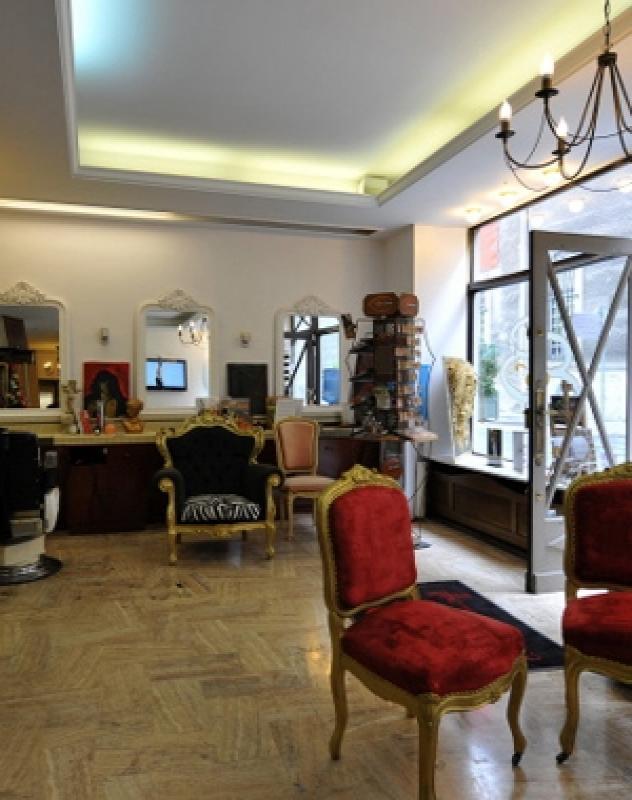 salon b b reims coiffeur visagiste lissage br silien. Black Bedroom Furniture Sets. Home Design Ideas